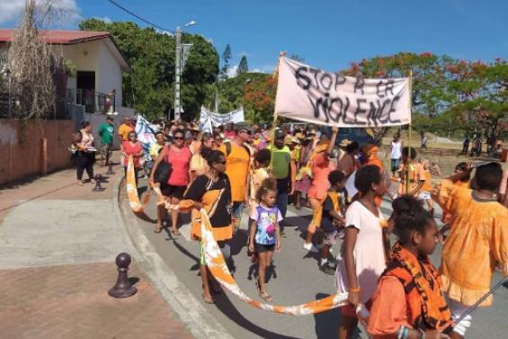 Une marche contre les violences faites aux femmes à Bourail