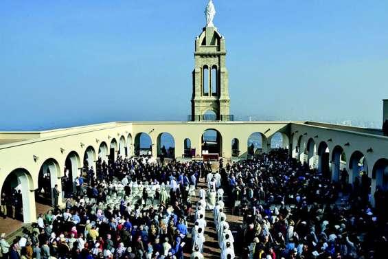 L'Eglise béatifie en Algérie dix-neuf religieux catholiques assassinés