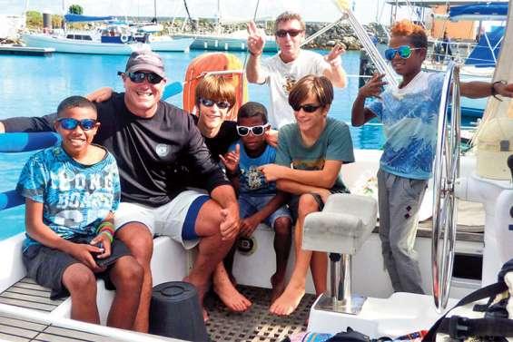 Cinq jours de voilier pour faire le tour de Lifou
