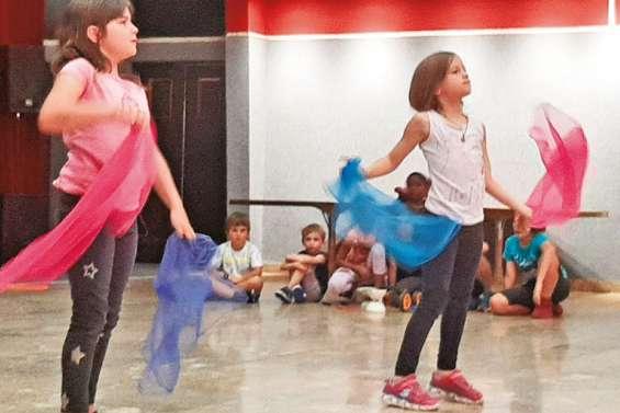 Les enfants font leur cirque au centre socioculturel