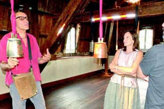 Des cloches pour « lancer l'alerte » au château Hagen