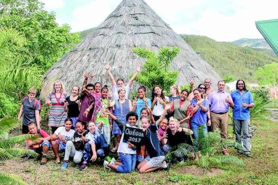 Onze Kiwis au collège de Ouégoa