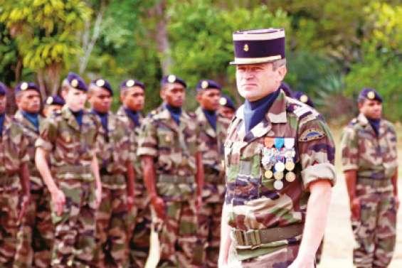 Le lieutenant-colonel Paul aux commandes du RSMA