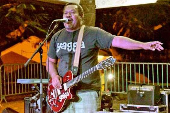 Trois concerts ont animé la soirée sous le faré de la maison de quartier