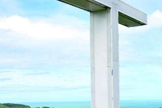 La Croix lumineuse du Point de vue à nouveau vandalisée