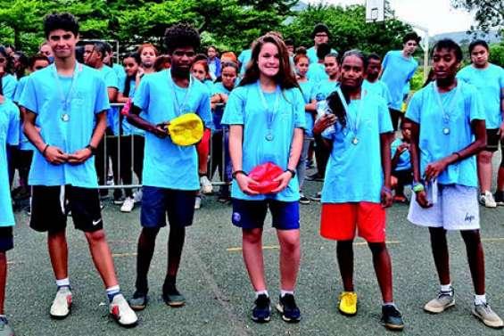 650 élèves au cross de Sainte-Marie