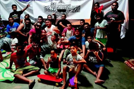 Les quarante danseurs de Maumau Fenua clôturent l'année