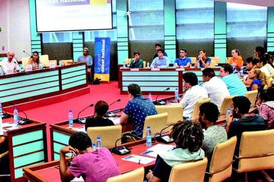 Le Congrès et la province Sud participent au grand débat national