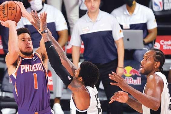 Les Suns de Phoenix surprennent les Clippers