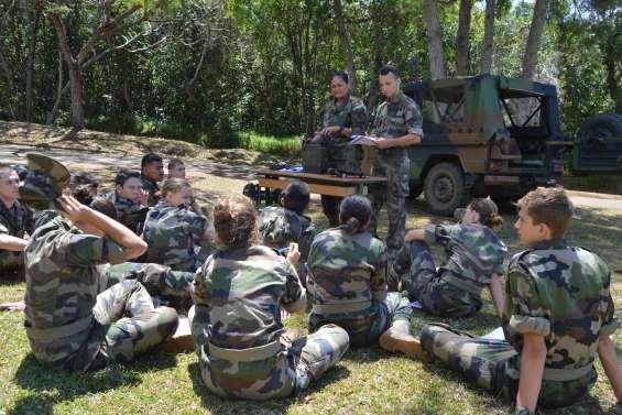 27 jeunes dans la peau des militaires du Rimap