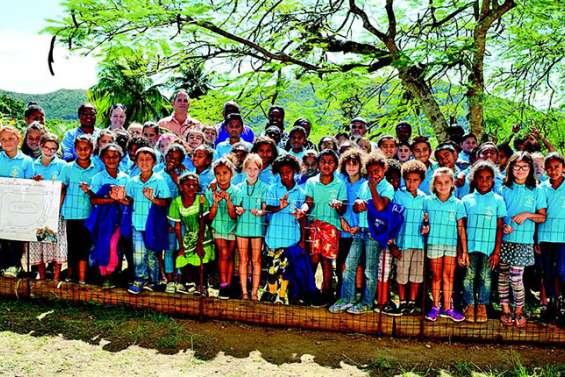 L'école Louise-Michel cultive son jardin kanak