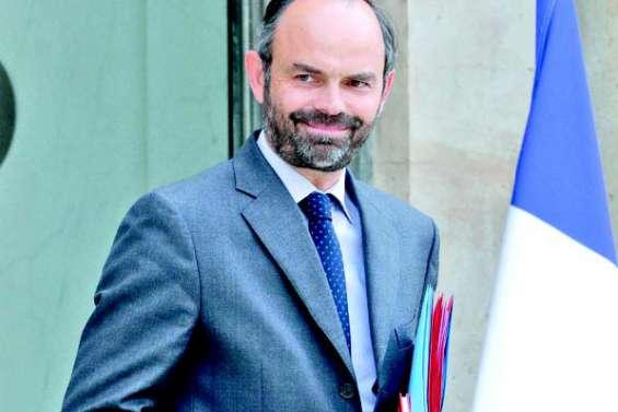 Edouard Philippe célèbre les accords et appelle chacun à la responsabilité