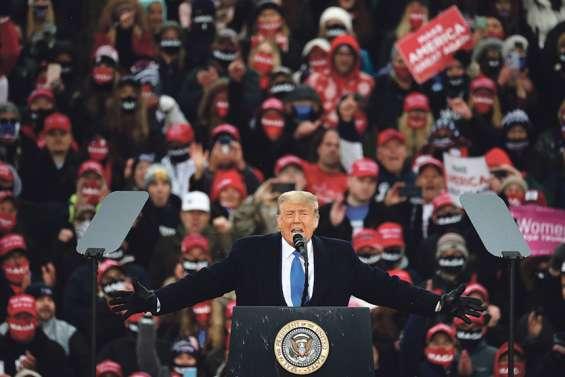 À J-7 de l'élection, Trump ne veut plus entendre parler du virus