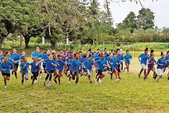 200 enfants sur la ligne de départ de Dominique-Savio