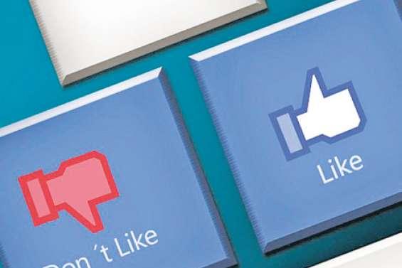 Facebook de plus en plus boycotté