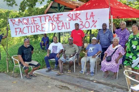 Une trentaine de manifestants contre la Seur