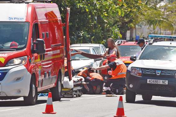 Une femme blessée à Nouméa dans un accident entre un scooter et une voiturette