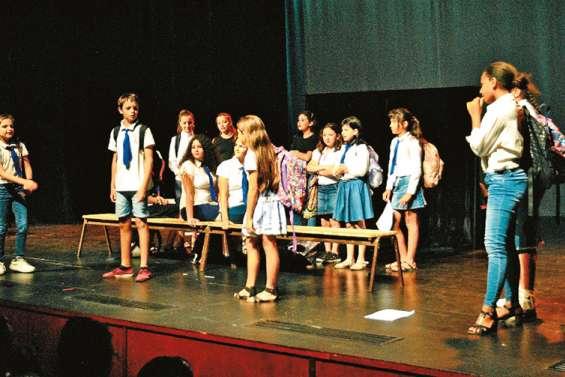 Le Festival des arts du vice-rectorat  se poursuit au centre culturel de Boulari