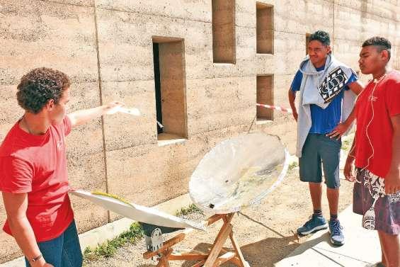 Le collège de Païamboué accueille la Fête de la science en province Nord