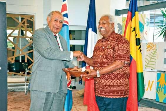 Le Congrès et le Parlement de Fidji vont coopérer