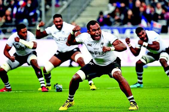 Aux Fidji, le douloureux retour des rugbymen expatriés