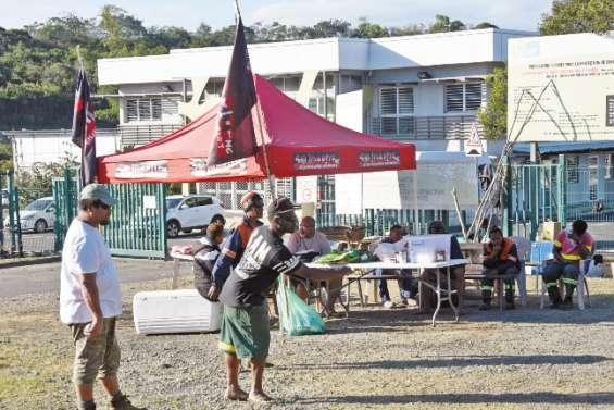L'accès à la déchetterie de Gadji bloqué par Solidarité-NC