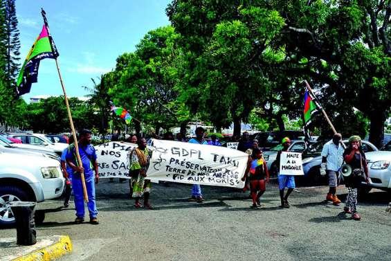 Après son expulsion du pic aux Morts, le GDPL Taku ne lâche pas l'affaire