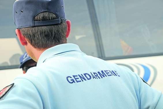 Course poursuite avec les gendarmes à Païta