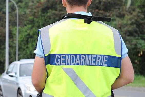 Percuté par une voiture volée, un gendarme évacué au Médipôle