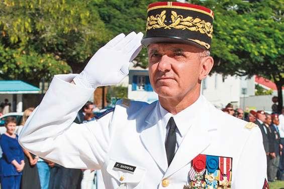 Le commandant des Fanc distingué