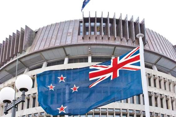 Loi sur la sécurité à Hong Kong : Wellington durcit le ton
