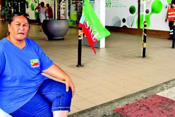 Grève sur fond de tensions économiques à Carrefour Kenu-In