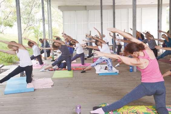 La section gym santé de l'AS 6e propose des cours de yoga gratuits