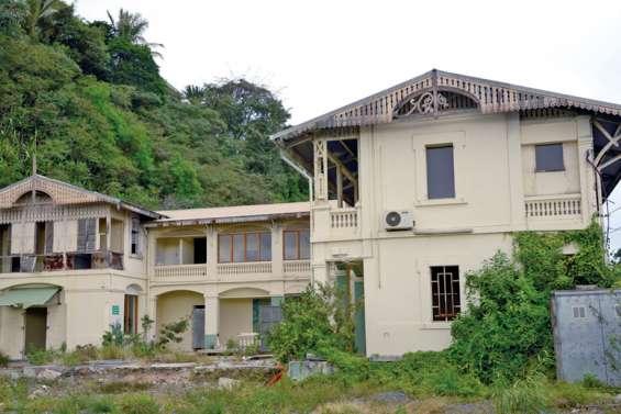 Hôtel du Pacifique : le promoteur défend son projet de reconstruction à l'identique
