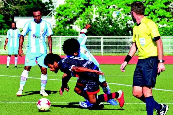 Hienghène Sport surprend l'AS Mont-Dore à Boulari