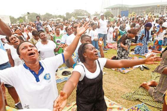 Ils prient pour des élections apaisées