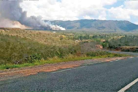 Incendies au Mont-Dore et à Ouégoa, « départs de feu volontaires » à Koumac et à Poum
