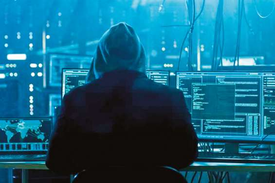 Les arnaques sur Internet s'intensifient sur le Caillou