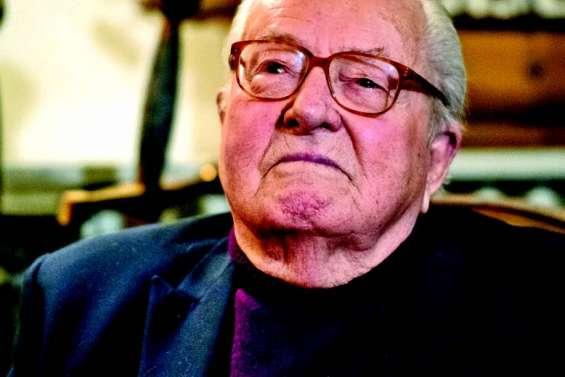 Jean-Marie Le Pen fait ses adieux à la vie politique