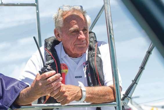 Jon Sanders, 81 ans et 11 tours du monde