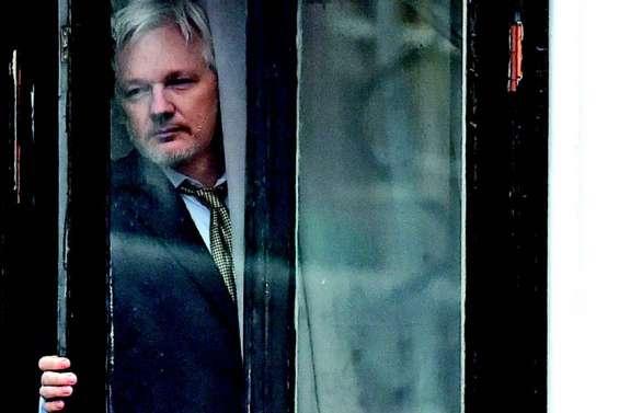 Julian Assange, toujours menacé d'expulsion