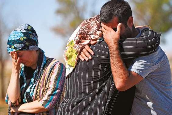 Les Kurdes s'allient à Damas face à l'avancée des forces turques