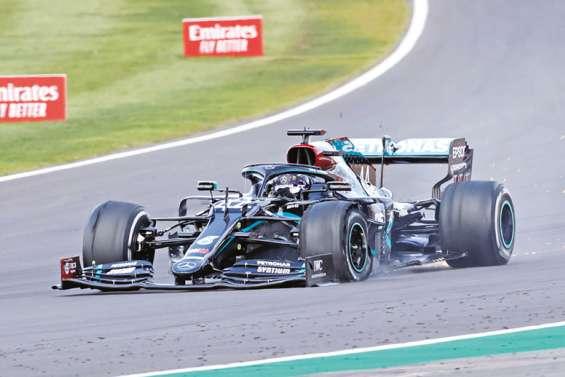 Hamilton, in extremis devant Verstappen