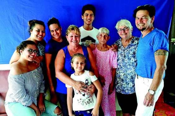 La doyenne de Farino, Liamna Haustien, a fêté ses 95 ans