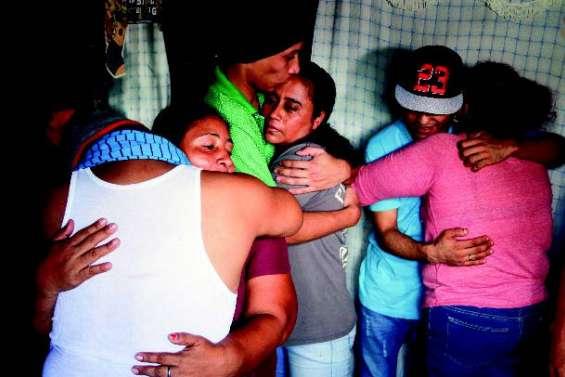 Libération de 50 prisonniers politiques amnistiés