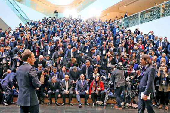 A Shanghai, Xi Jinping accueille « l'ami » Macron