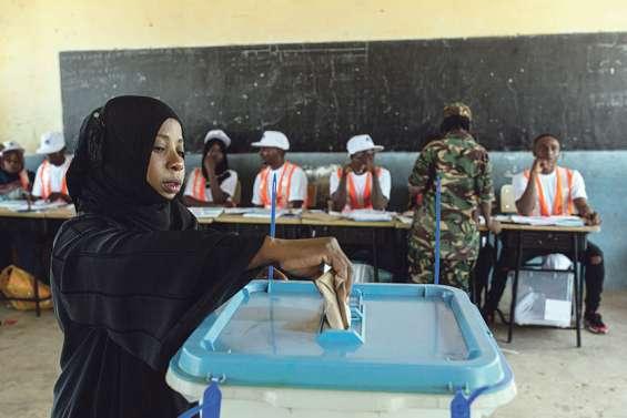 Le « bulldozer » Magufuli en lice pour un second mandat