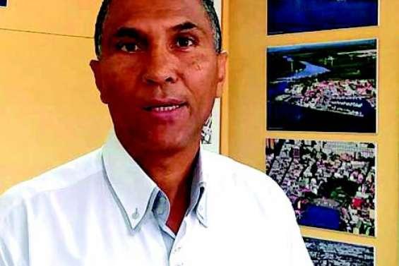 Le maire de Pointe-à-Pitre sous le coup d'une mesure de révocation