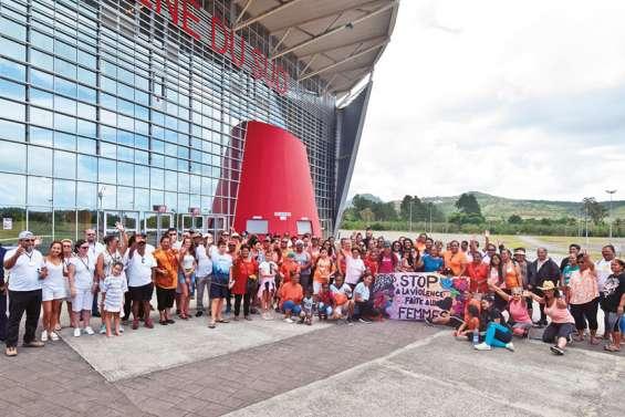 Une marche pour lutter contre les violences faites aux femmes