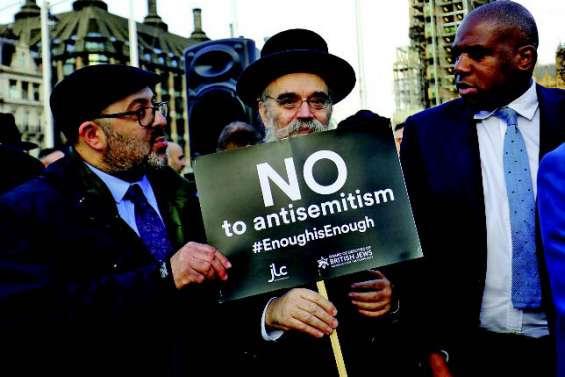 Le Labour déchiré par des accusations d'antisémitisme
